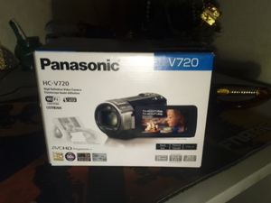 VIdeo Camera Panasonic HC-V720 2014